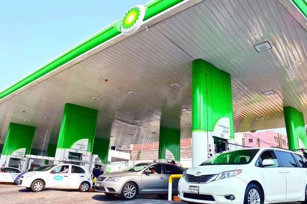 Ganan gasolineras privadas 23% del mercado a Pemex.