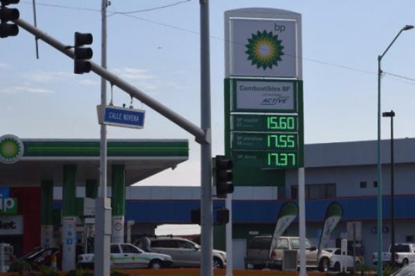 Bajan 20% ventas de gasolinas.