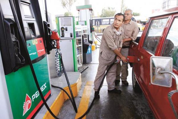 Gasolinas suman 10 meses al alza.