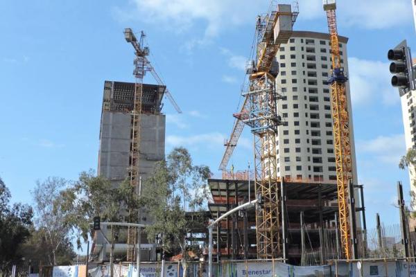 Vertical, 58% de la construcción en B.C.