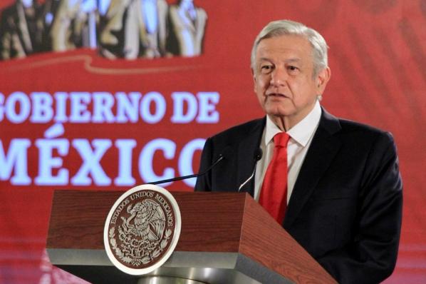 AMLO convoca a un acto en Tijuana para defender la dignidad de México.