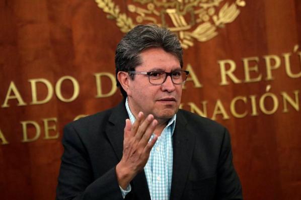 Se regulará outsourcing sin afectar empleos: Ricardo Monreal.